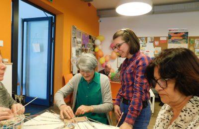 Spotkanie seniorów z Klubu Seniora z uczestnikami Warsztatu Terapii Zajęciowej